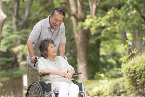 介護離職を選択する前に知っておくべきこと